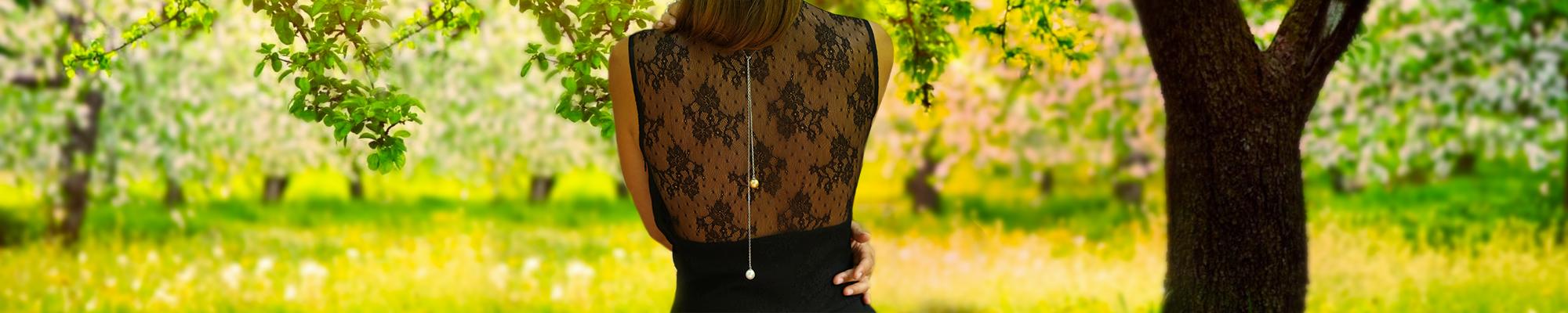 Création unique Perles de dos de la joaillerie Les 3 Ors de Cannes